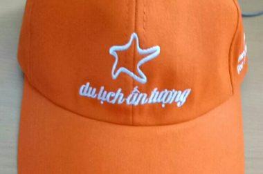 Sản xuất nón cho công ty du lịch