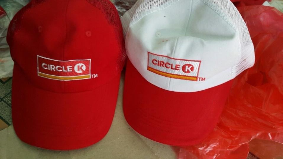 Sản xuất nón cho chuổi cửa hàng tiện lợi Circle K 3