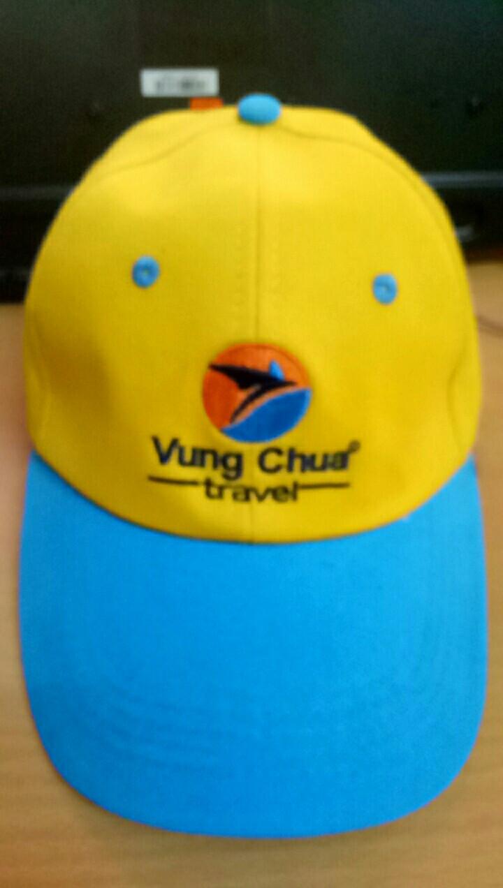 Xưởng may nón Én Nhỏ may nón du lịch cho Vung Chua Travel 2