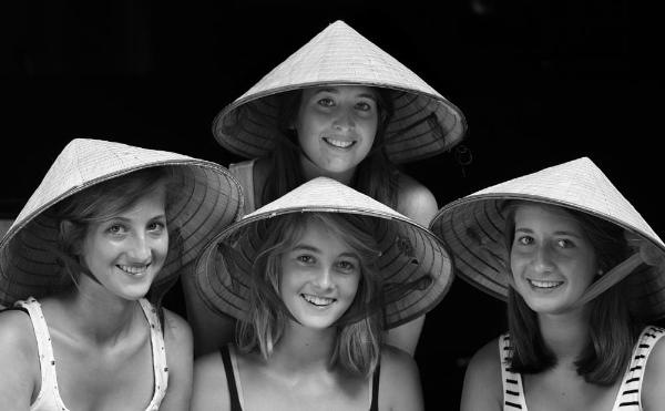 Nón lá du lịch - nét đẹp Việt 1