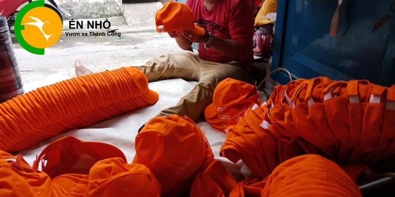 xưởng cung cấp nón giá sỉ tphcm